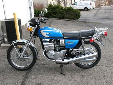 Suzuki Sale by Suzuki Gt380 The Smallest Of Suzuki S 2 Stroke Triples