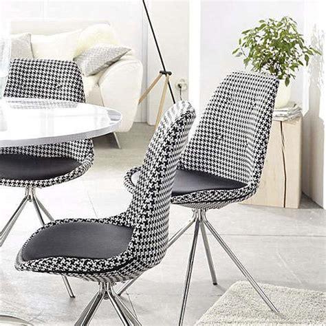 chaise cuisine chaises style ées 50 motif pied de poule noir blanc pour une touche rétro taaora