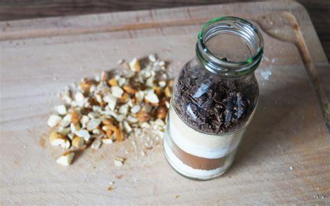geschenke für kollegen selber machen geschenke selber machen brownie backmischung im glas utopia de