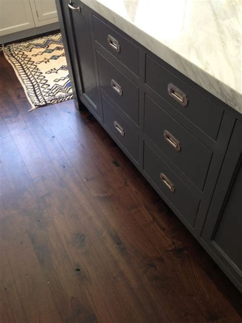 cambria kitchen cabinets 59 best gray hardwood floors images on gray 1958
