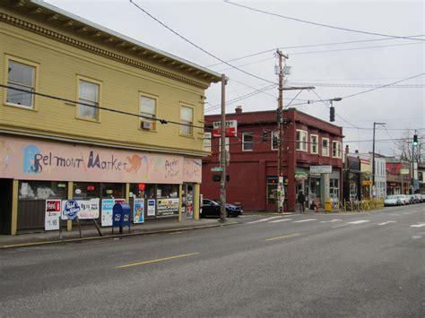File:Belmont Street, Southeast Portland, Oregon 2012.JPG ...
