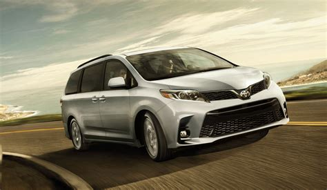 Toyota Mentor by Rent A Minivan Classic Rent A Car In Mentor Oh