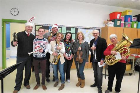 Teachers Deck The Halls With Music At GES - Hartford Courant