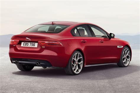 Jaguar Xe News by New Jaguar Xe Sports Sedan Revealed Set To Battle Bmw 3