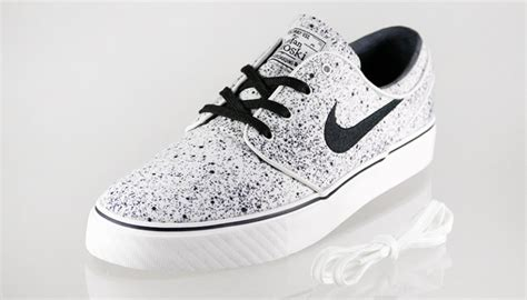 kicks deals official website nike sb janoksi quot splatter