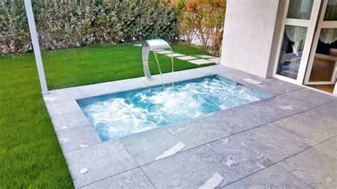 Pool Im Miniformat Geht Auch Auf Dem Dach Schwimmbadde