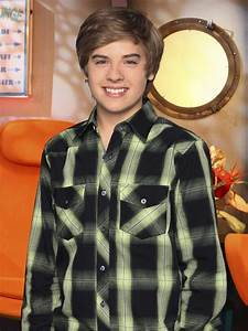 Image The Suite Life On Deck Dylan Sprouse 4 The