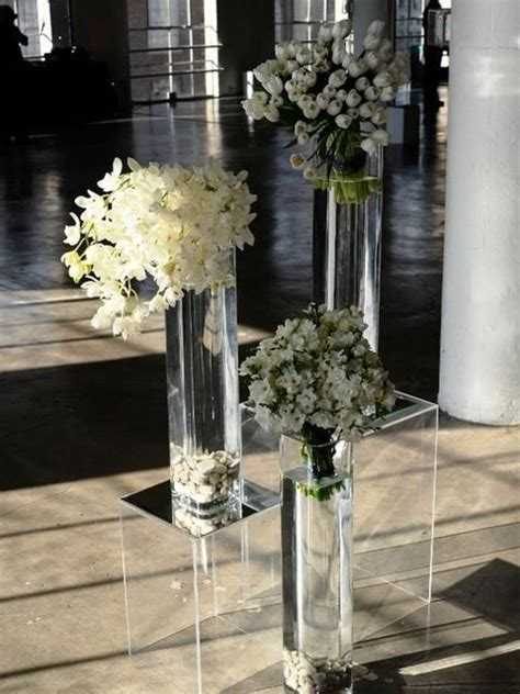 pedestals floral decorators instagram 39 acrylic and lucite wedding decor ideas happywedd