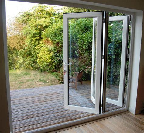 Можно ли менять окна зимой?— 2 answers