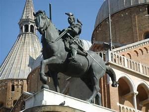 File:Donatello, Monumento equestre al Gattamelata 05.JPG