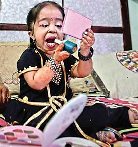 Meet The World's Smallest Woman Jyoti Amge - Celebrities ...