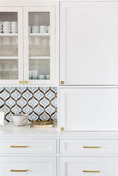 white kitchen  cambria quartz countertop home bunch interior design ideas