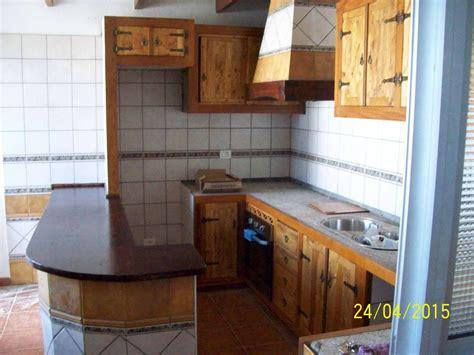 muebles de cocina confeccionado  maderas recicladas