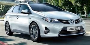 Avis Toyota Auris Hybride : avis autonoleggio arricchisce la flotta con 400 toyota hybrid travelquotidiano ~ Gottalentnigeria.com Avis de Voitures
