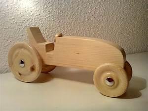 Kinderspielzeug Selber Machen : mein erster traktor aus holz bauanleitung zum selber bauen holzspielwaren pinterest ~ Orissabook.com Haus und Dekorationen