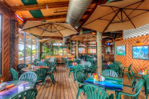 photo galleries grills seafood deck tiki bar