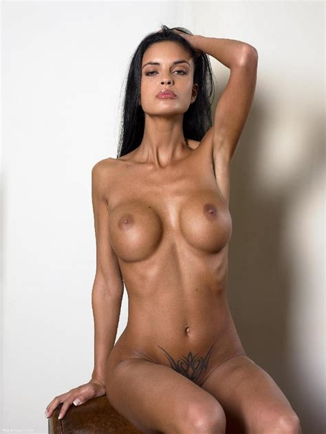 Hot Tanned Brunette With Tattoo Helena Karel Pics