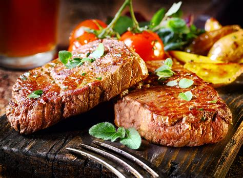 how to season a steak 10 super delicious ways to season your steak that go beyond salt and pepper