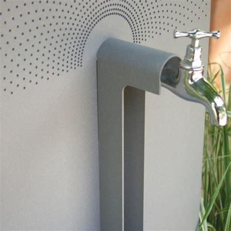 robinet d eau exterieur ensemble fontaine myrtifolia jardinchic