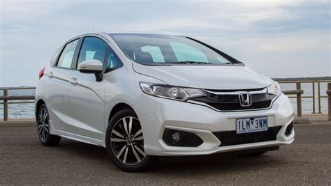 Review Honda Jazz by Honda Jazz 2018 Review Carsguide