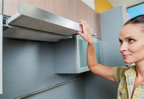 comment enlever une hotte de cuisine prix d 39 une hotte de cuisine et coût d 39 installation