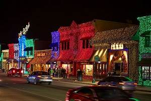 Best Christmas Lights In Georgia 9 Best Holiday Light Displays In Michigan 2017