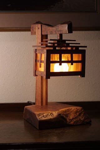 arts crafts style mesquite  stained glass lamp