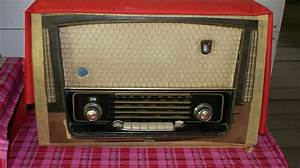 Old Transistor Radio Photograph by Ali Mohamad