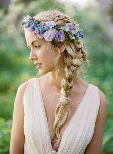 Why We Still Love The Flower Crown (And How To Make Your