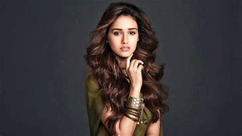 baaghi  actress disha patani recalls struggling days