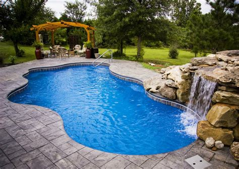 Salt Water Pool Benefits And Drawbacks • 1001 Gardens