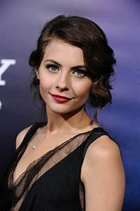 Willa Holland summary | Film Actresses