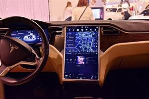 Interior Of Tesla Model X 90D Car. Editorial Image - Image of motion, high: 110262795