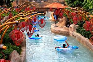 Adventure Cove Waterpark Reviews - Singapore Attractions