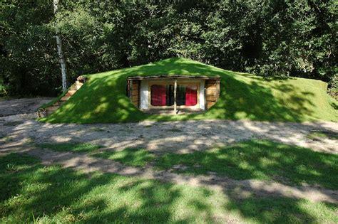 chambre insolite normandie cabane perchée maison de hobbit chambres d 39 hotes près de