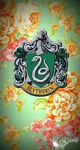 Slytherin, iPhone wallpapers and iPhone on Pinterest