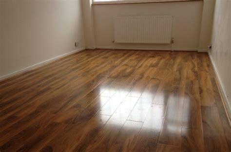 dark laminate flooring   laminate flooring ideas