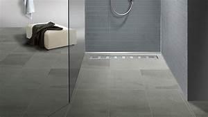 Rutschfeste Fliesen Dusche : bodengleiche dusche mit duschrinne einbauen und abdichten youtube ~ Watch28wear.com Haus und Dekorationen