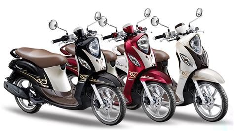 Review Yamaha Fino 125 by Yamaha New Fino 125 Blue Review