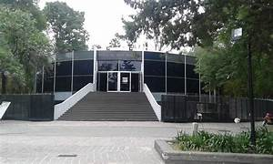 Museo de Arte Moderno Instalaciones y Jardín