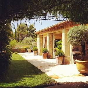 bosc architectes saint remy de provence mas et bastides With idee deco jardin terrasse 0 deco terrasse provencale