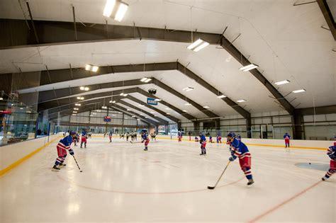 forum rink hockey moderne holderness rink milestone