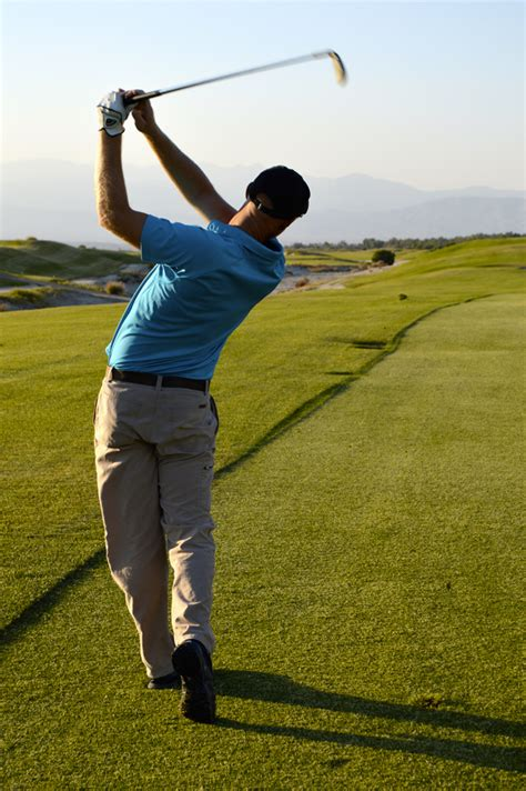 Holding the Finish | Cahill Golf Instruction