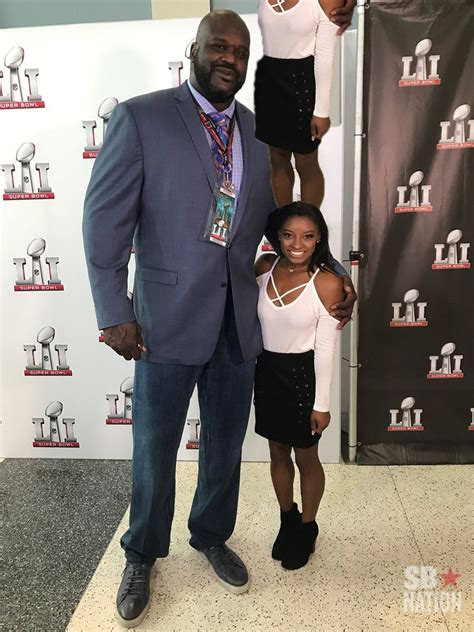 This Photo Of Shaq Standing Next To Simone Biles Is A Real