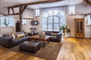 Spa Einrichtung Zuhause : heidi l sst gr en mit dem alpenstil m bellexikon ~ Markanthonyermac.com Haus und Dekorationen