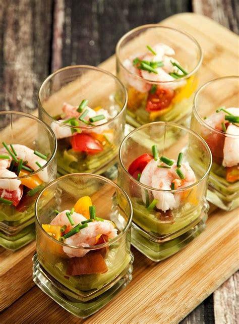 einfache und raffinierte vorspeisen im glas serviert