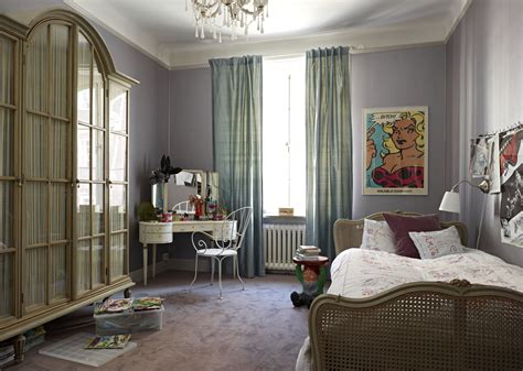 Interesting Light Gray Wall Paint Images Decoration Ideas