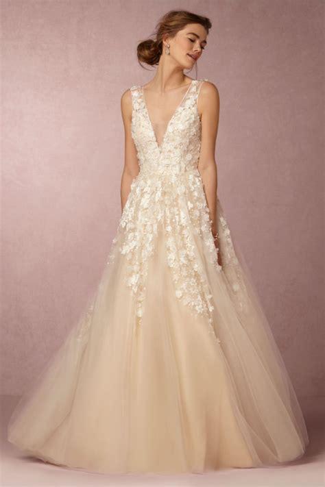 19 Exquisitely Romantic Bohemian Wedding Dresses