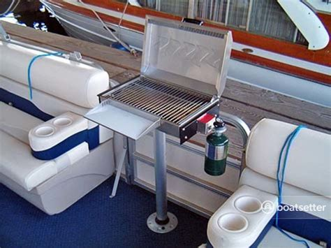 Used Pontoon Boats With Bathroom by Pontoon Boats With Bathroom Www Pixshark Images