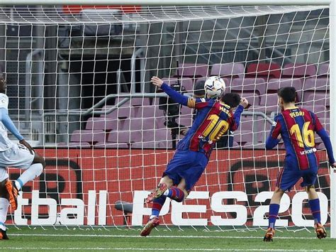 Messi equals Pele's 643 club goals record | Busselton ...
